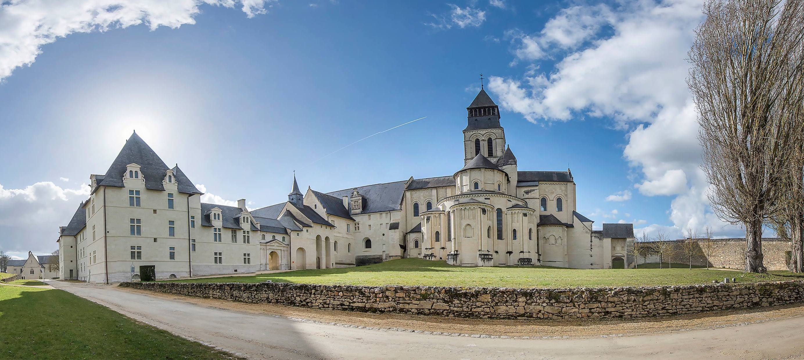 Abbaye Royale de Fontevraud - France - ACCR - Association des Centres  culturels de rencontre